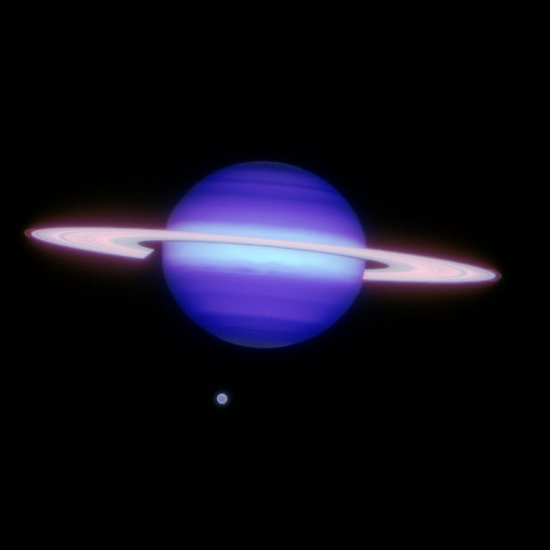 Are Saturns Rings Colored